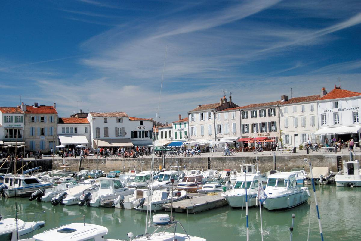 Destination Ile De Re Residence Andrea Location De Vacances Sur