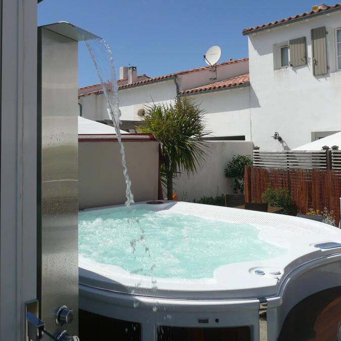Résidence Andréa  ile de re location avec piscine et jacuzzi