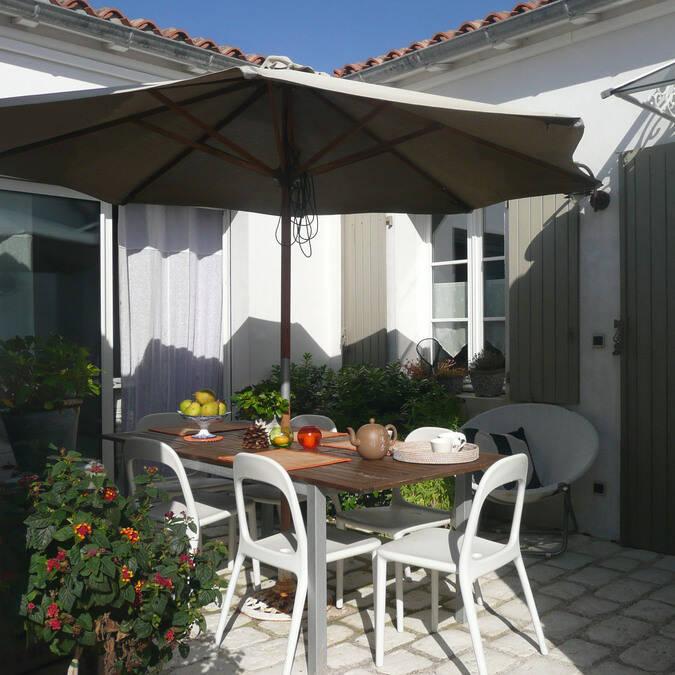 Ile de ré  location de maison  grande villa luxe résidence andréa