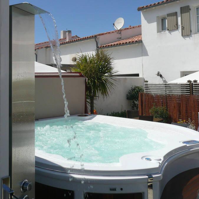 location avec piscine sur l' ile de ré