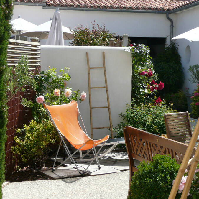 location  de maison vacances de printemps sur l'ile de ré à la  résidence andréa
