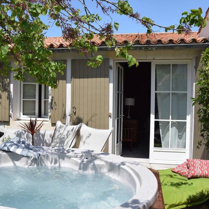 Ile de ré grande villa luxe résidence andréa location de maison été